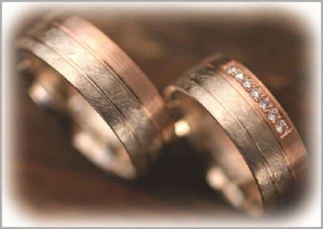 Trauringe weißgold eismatt  Trauringe/Eheringe IM282, mit Diamanten Rotgold und Weissgold Bicolor