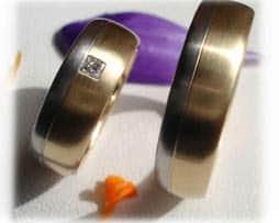IM205-eheringe-diamantringe-weissgold.jpg