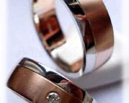 IM232-TrauringeEheringe-1-Diamant-007K-Bicolor-längsmatt.jpg