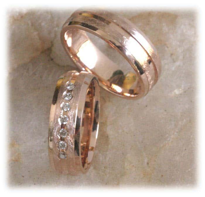Trauringe/Eheringe IM307, 7 Diamanten - 0,15K, Rotgold eismatt poliert ...