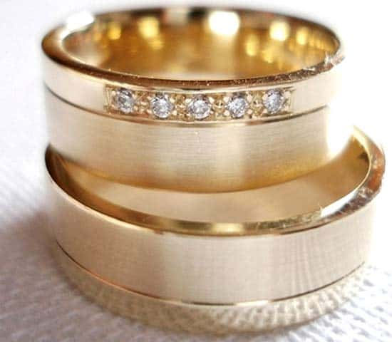 Eheringe gold  Trauringe/Eheringe IM218, 5 Diamanten - 0,05K, Gelbgold