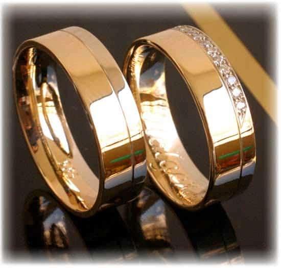 trauringe eheringe im266 11 diamanten 0 15k bicolor poliert trauringe gold. Black Bedroom Furniture Sets. Home Design Ideas