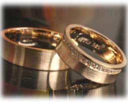 IM374 gelbgold eheringe mit diamanten exklusive  bombiert