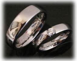 Trauringe Eheringe IM385 aus Platin 600 mit 1 Diamant - 0,20ct, glanz poliert