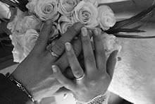 Finanzen neue Wirtschaftsgemeinschaft Taschengeld und Krankenversicherung - nach der Hochzeit