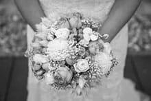 Liebes über und Glücksbringer - alte und moderne Hochzeitsbräuche